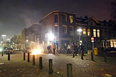 Utrecht, Netherlands, people are celebrating New Year's Eve on the street ALMP36KEN| 写真素材・ストックフォト・画像・イラスト素材|アマナイメージズ