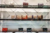 United Kingdom Great Britain England, London, Covent Garden Market, shopping dining entertainment, Burberry, store, inside interior, British luxury fa ALMR0K6J3| 写真素材・ストックフォト・画像・イラスト素材|アマナイメージズ