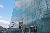 National Football Museum at Urbis in Manchester city centre, UK ALMD9NYP9| 写真素材・ストックフォト・画像・イラスト素材|アマナイメージズ