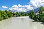 Germany, Bavaria, Allgäu, Füssen, view to the river Lech in Füssen ALMWW7J00  写真素材・ストックフォト・画像・イラスト素材 アマナイメージズ