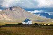 little house Hamrændar in the landscape, Snæfellsnes, Vesturland, Iceland, Europe ALMWX28PR| 写真素材・ストックフォト・画像・イラスト素材|アマナイメージズ