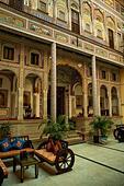 India, Rajasthan, Shekhawati, Nawalgarh, Grand Haveli Hotel interior ALM2ARRGMD| 写真素材・ストックフォト・画像・イラスト素材|アマナイメージズ