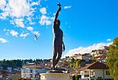 Catcher of  Cross statue. Ohrid ALMT6E08K| 写真素材・ストックフォト・画像・イラスト素材|アマナイメージズ