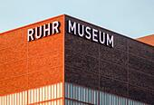 Essen, Ruhr Area, North Rhine-Westphalia, Germany - Ruhr Museum at Zeche Zollverein, UNESCO World Heritage Zollverein, illuminated lettering on the fa ALM2AKBJT5| 写真素材・ストックフォト・画像・イラスト素材|アマナイメージズ