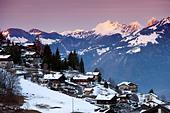 Switzerland, Swiss Alps, the skiing village of Torgon at sunset, alpine landscape, Torgon, Valais, Switzerland Europe ALMDPWTBA  写真素材・ストックフォト・画像・イラスト素材 アマナイメージズ
