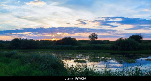 Panoramic landscape ALMFYWK96| 写真素材・ストックフォト・画像・イラスト素材|アマナイメージズ