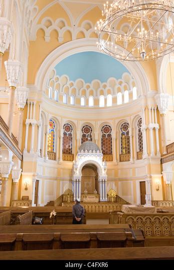 Russia , St Petersburg , the Moorish style Sephardic Choral Synagogue recently refurbished ALMC4FXR6| 写真素材・ストックフォト・画像・イラスト素材|アマナイメージズ