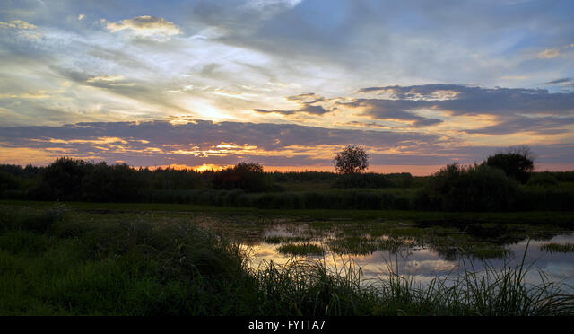 Panoramic summer landscape ALMFYTTA7| 写真素材・ストックフォト・画像・イラスト素材|アマナイメージズ