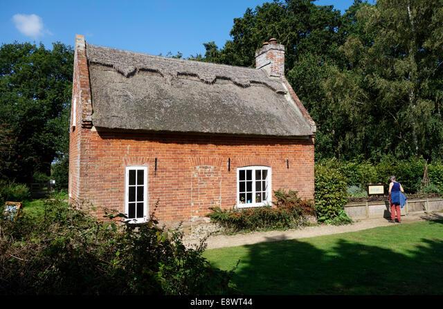 Toad Hole Cottage, How Hill ALME8WT44| 写真素材・ストックフォト・画像・イラスト素材|アマナイメージズ