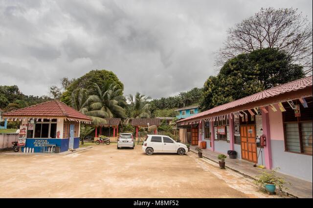 School building at a Kampung near Terengganu, Peninsular Malaysia ALMM8MF52  写真素材・ストックフォト・画像・イラスト素材 アマナイメージズ