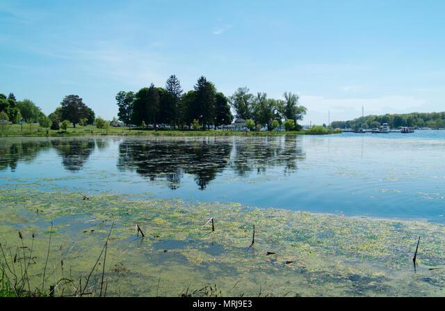 The White River delta as it empties into White Lake at Whitehall, Michigan. ALMMRJ9E3| 写真素材・ストックフォト・画像・イラスト素材|アマナイメージズ