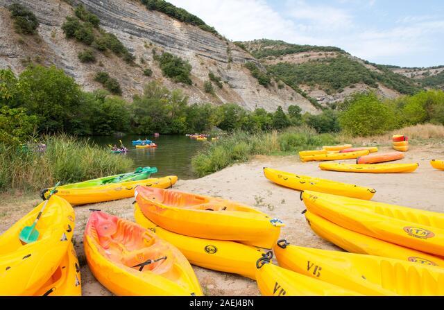 Water Sports, Vals les Bains, Ardeche , France ALM2AEJ4BN  写真素材・ストックフォト・画像・イラスト素材 アマナイメージズ