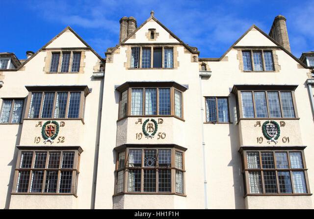 Mock-Tudor building on Oxford High Street, England. ALMHH1F1H  写真素材・ストックフォト・画像・イラスト素材 アマナイメージズ