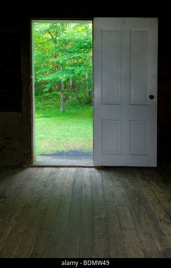 Inside Beech Grove School (built 1901) at Cataloochee - Great Smoky Mountains NP N Carolina USA, by Bill Lea/Dembinsky Photo Assoc ALMBDMW49  写真素材・ストックフォト・画像・イラスト素材 アマナイメージズ