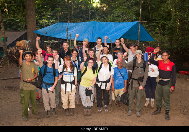 Indonesia Sulawesi Operation Wallacea Lambusango forest reserve La Pago camp 6th form college group ALMBDAMEY  写真素材・ストックフォト・画像・イラスト素材 アマナイメージズ