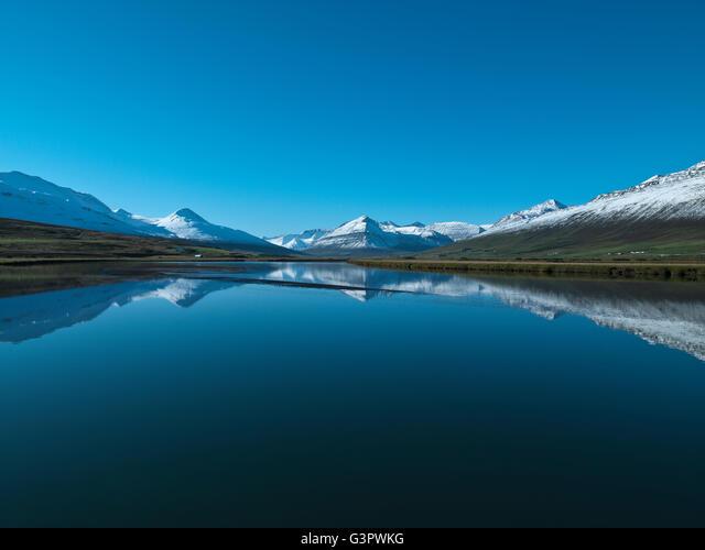 Scenic landscape, Dalvik, Eyjafjordur, Iceland ALMG3PWKG| 写真素材・ストックフォト・画像・イラスト素材|アマナイメージズ