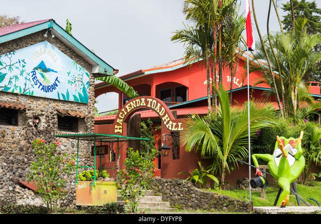 Roadside attraction Hacienda Toad Hall. Costa Rica. ALMDYFYP8| 写真素材・ストックフォト・画像・イラスト素材|アマナイメージズ