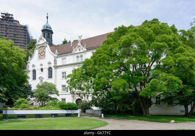 Church of the convent school of the Holy grave, Baden-Baden, Germany, Baden-Württemberg, Schwarzwald, Black Forest ALMG677YC  写真素材・ストックフォト・画像・イラスト素材 アマナイメージズ