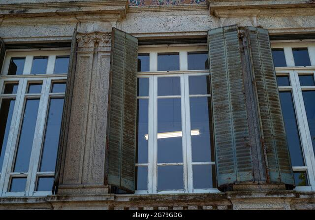 Italian architecture style mansion in Parque Lage. It is now a School of Visual Arts of Rio de Janeiro, Brazil ALM2G79GDG  写真素材・ストックフォト・画像・イラスト素材 アマナイメージズ