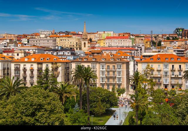 Cityscape. Panoramic view of Santander, Cantabrian Sea, Cantabria, Spain, Europe ALMK326GC| 写真素材・ストックフォト・画像・イラスト素材|アマナイメージズ