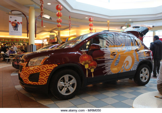 Markham, Ontario, Canada.  January 26, 2014 --- Vehicle decorated for the upcoming Spring Festival (Chinese Lunar New Year of the Horse). --- ALMMRM050| 写真素材・ストックフォト・画像・イラスト素材|アマナイメージズ